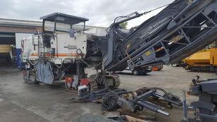 شاحنة إعادة التدوير WIRTGEN W2200 CR
